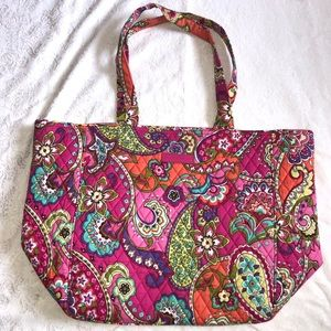 Vera Bradley Grand Tote in Pink Swirls